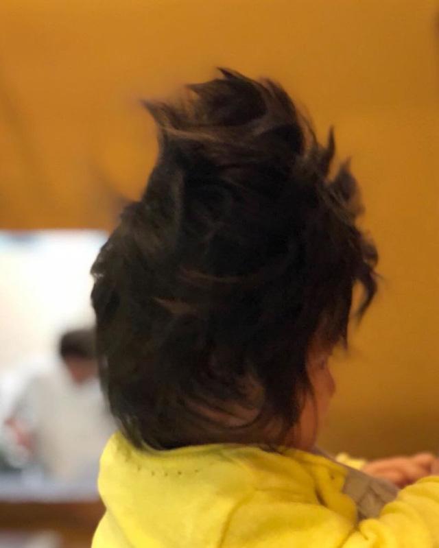 Bé gái 6 tháng tuổi gây sốt vì mái tóc dựng ngược có một không hai - Ảnh 12.