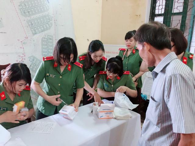 Quỹ Tấm lòng Việt và hoạt động ý nghĩa nhân ngày Thương binh liệt sĩ - Ảnh 8.