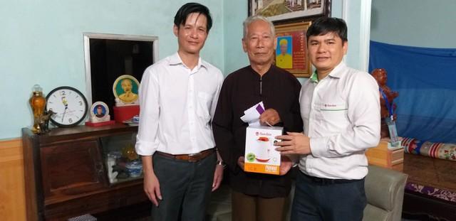 Quỹ Tấm lòng Việt và hoạt động ý nghĩa nhân ngày Thương binh liệt sĩ - Ảnh 2.