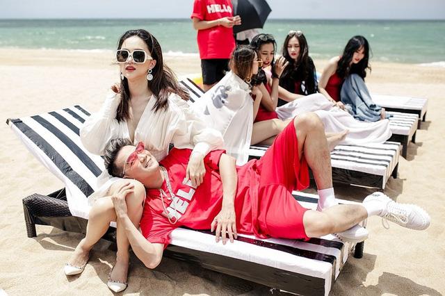Mr Đàm sánh đôi với Hoa hậu chuyển giới quốc tế Hương Giang trong MV mới - Ảnh 2.