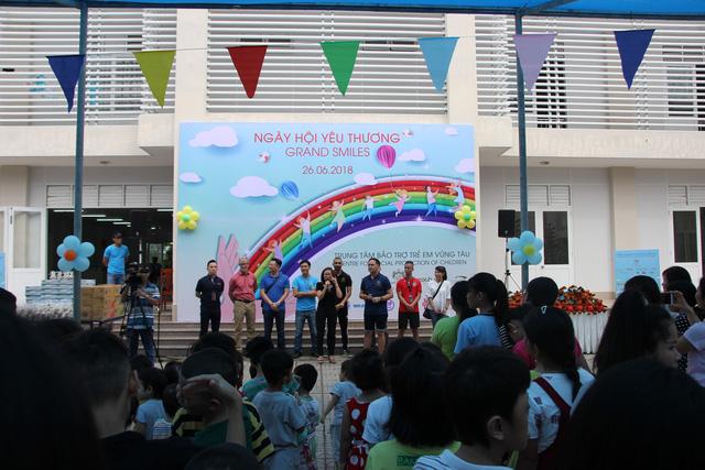 Mang Ngày hội Yêu thương đến với 100 trẻ em ở Vũng Tàu - Ảnh 1.