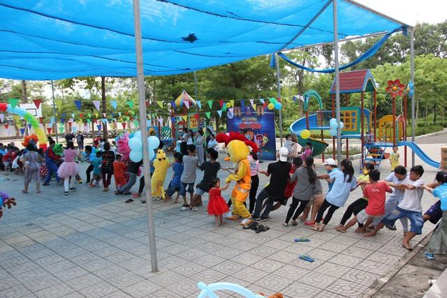 Mang Ngày hội Yêu thương đến với 100 trẻ em ở Vũng Tàu - Ảnh 2.