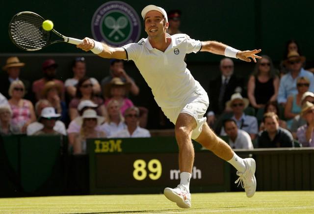 Nadal vào vòng 3 Wimbledon, Wawrinka và Cilic dừng bước - Ảnh 2.