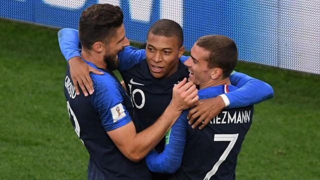 Sở hữu thông số tệ hại, sao tuyển Pháp vẫn được bảo vệ - Ảnh 1.