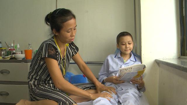 Xót xa cô bé nghèo cùng hơn 70% tế bào ung thư trong người - Ảnh 3.