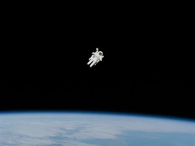 Ngạc nhiên với những sự thật thú vị về không gian - Ảnh 11.