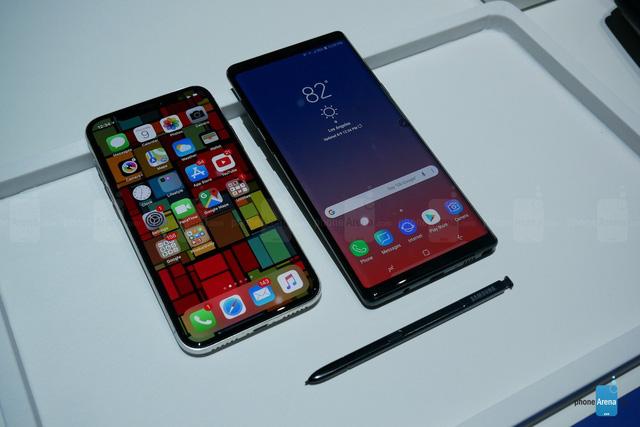 Đọ đáng Galaxy Note 9 và iPhone X: Ai chất hơn ai? - Ảnh 2.