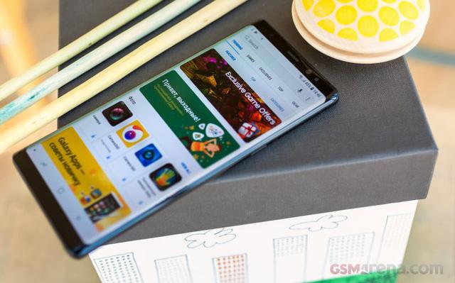 Samsung chính thức ra mắt Galaxy Note 9: Màn hình khổng lồ, pin 4.000mAh, điểm nhấn S Pen - Ảnh 1.
