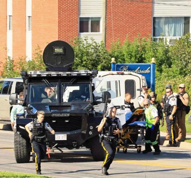 Xả súng ở Canada, ít nhất 4 người thiệt mạng - Ảnh 4.