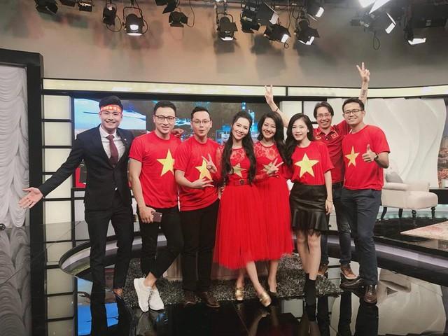 MC Quốc Duy trở lại Cafe sáng với VTV3 sau 2 năm mất tích - Ảnh 4.