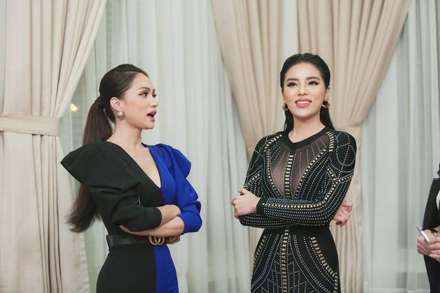 Kỳ Duyên - Hương Giang ngồi ghế HLV Siêu mẫu Việt Nam 2018 - Ảnh 4.