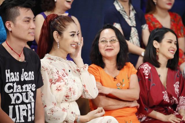 Học viện mẹ chồng: Mẹ chồng Lâm Khánh Chi sợ con dâu đến mức nghe tiếng guốc là đã nhận ra? - Ảnh 4.