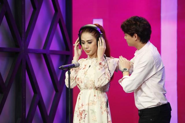 Học viện mẹ chồng: Mẹ chồng Lâm Khánh Chi sợ con dâu đến mức nghe tiếng guốc là đã nhận ra? - Ảnh 3.