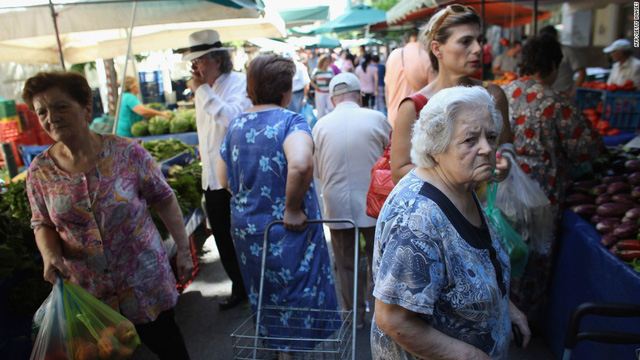 Hy Lạp: Người dân vẫn bi quan về viễn cảnh kinh tế đất nước - Ảnh 1.