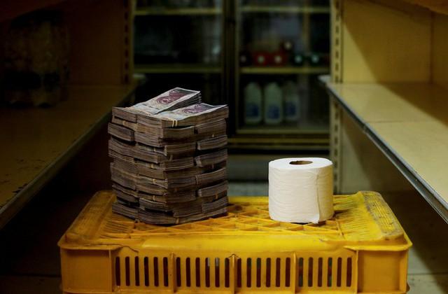 Siêu lạm phát tại Venezuela: 1kg thịt giá hơn 9 triệu Bolivar - Ảnh 3.