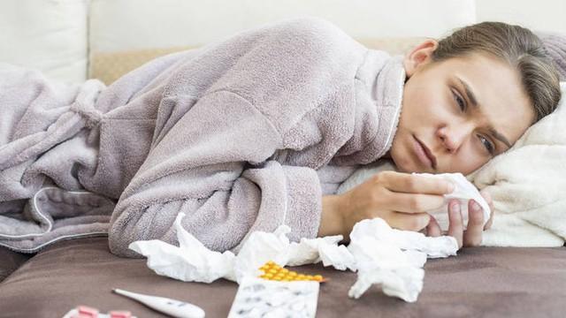 Những bệnh lý tai mũi họng thường gặp khi giao mùa - Ảnh 1.