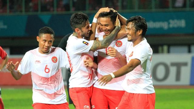 Lịch thi đấu vòng 1/8 bóng đá nam ASIAD 2018 hôm nay (24/8): Chờ đợi Olympic Malaysia và chủ nhà Indonesia - Ảnh 1.