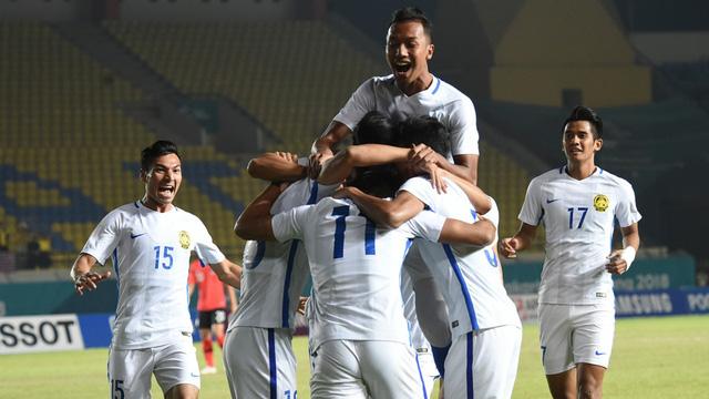Lịch thi đấu vòng 1/8 bóng đá nam ASIAD 2018 hôm nay (24/8): Chờ đợi Olympic Malaysia và chủ nhà Indonesia - Ảnh 2.