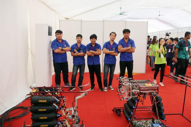 ABU Robocon 2018: Ngày đầu của các đội tuyển tại khu tập kết robot - Ảnh 5.