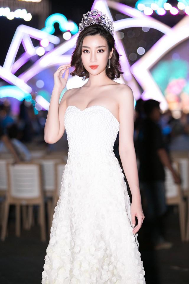 Soi vương miện của Hoa hậu Đỗ Thị Hà với Đỗ Mỹ Linh, Tiểu Vy và Lương Thùy Linh - Ảnh 8.