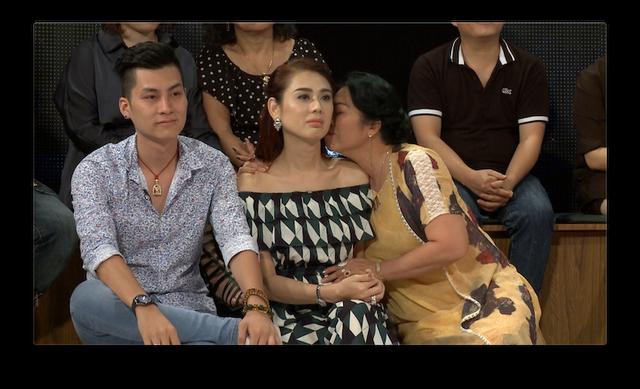 Học viện mẹ chồng: Khánh Chi bất hòa với mẹ chồng, Văn Anh được lòng mẹ vợ - Ảnh 3.