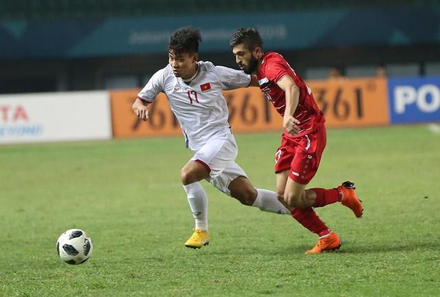 Olympic Việt Nam áp đảo ở ĐHTB bóng đá nam ASIAD 2018 - Ảnh 1.