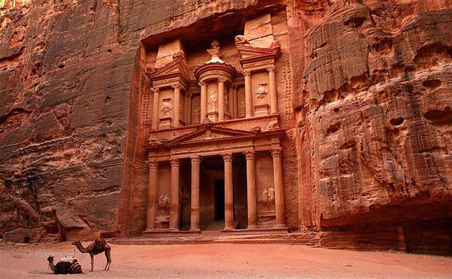 Những bức ảnh bí ẩn về các nền văn minh bị bỏ rơi - Ảnh 11.