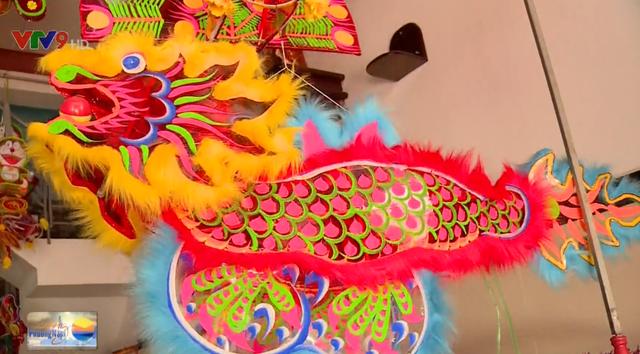 Xóm lồng đèn Phú Bình - Nơi lưu giữ ký ức nhiều thế hệ - Ảnh 2.