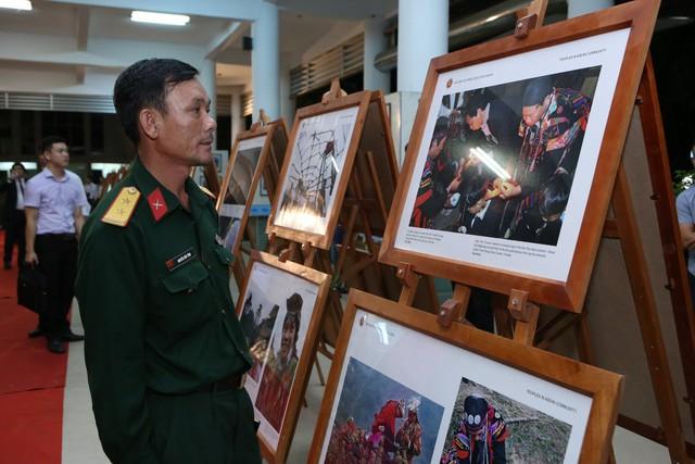 Triển lãm Ảnh và Phim phóng sự - Tài liệu trong Cộng đồng ASEAN tại Việt Nam - Ảnh 3.