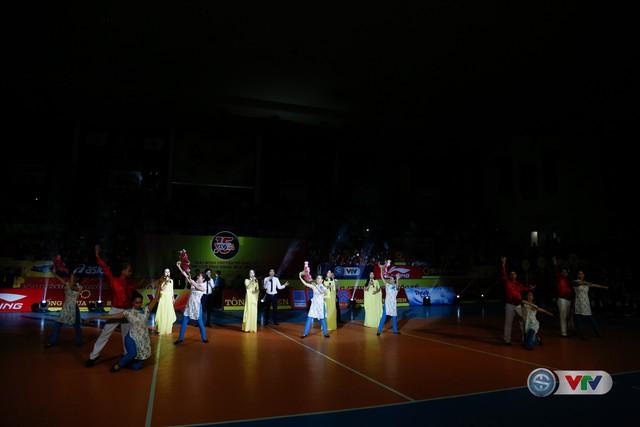 Ảnh: Những khoảnh khắc ấn tượng trong Lễ khai mạc Giải bóng chuyền nữ Quốc tế VTV Cup Ống nhựa Hoa Sen 2018 - Ảnh 1.