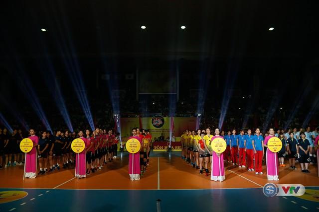 Ảnh: Những khoảnh khắc ấn tượng trong Lễ khai mạc Giải bóng chuyền nữ Quốc tế VTV Cup Ống nhựa Hoa Sen 2018 - Ảnh 18.