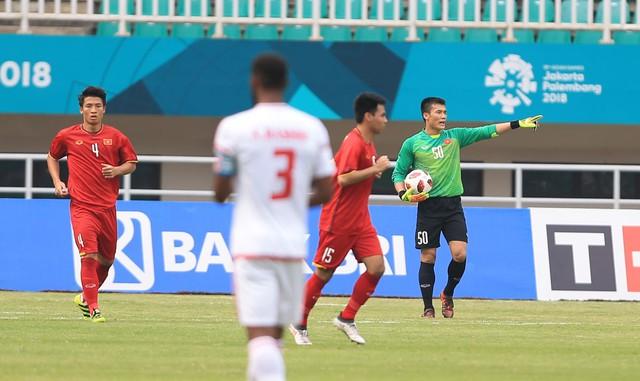 ẢNH: Olympic Việt Nam giành vị trí thứ 4 tại ASIAD khi để thua Olympic UAE trong loạt đá luân lưu - Ảnh 10.
