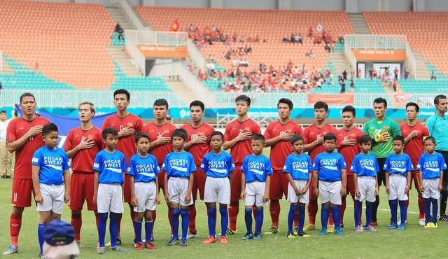ẢNH: Olympic Việt Nam giành vị trí thứ 4 tại ASIAD khi để thua Olympic UAE trong loạt đá luân lưu - Ảnh 2.