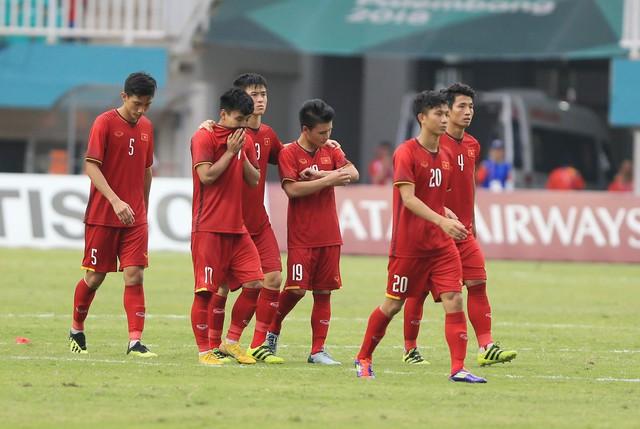 ẢNH: Olympic Việt Nam giành vị trí thứ 4 tại ASIAD khi để thua Olympic UAE trong loạt đá luân lưu - Ảnh 15.