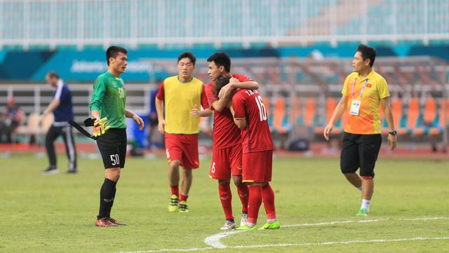 ẢNH: Olympic Việt Nam giành vị trí thứ 4 tại ASIAD khi để thua Olympic UAE trong loạt đá luân lưu - Ảnh 14.