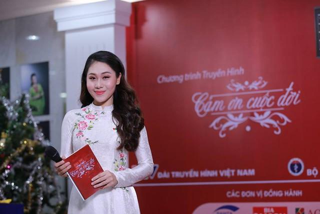 MC Minh Trang và hành trình theo đuổi giấc mơ truyền hình - Ảnh 3.