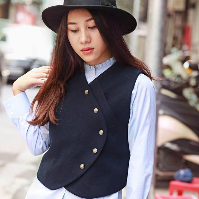 Ngắm phong cách thời trang đa dạng, cá tính của MC Minh Trang - Ảnh 6.