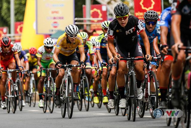 ẢNH: Những khoảnh khắc ấn tượng chặng 12 Giải xe đạp quốc tế VTV Cup Tôn Hoa Sen 2018 - Ảnh 11.