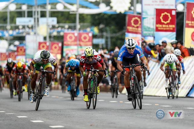 ẢNH: Những khoảnh khắc ấn tượng chặng 12 Giải xe đạp quốc tế VTV Cup Tôn Hoa Sen 2018 - Ảnh 13.