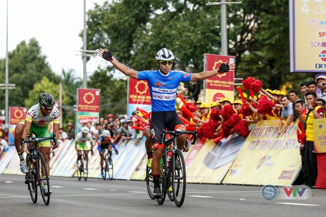 ẢNH: Những khoảnh khắc ấn tượng chặng 12 Giải xe đạp quốc tế VTV Cup Tôn Hoa Sen 2018 - Ảnh 14.
