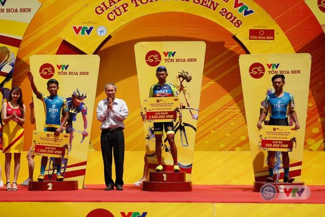ẢNH: Những khoảnh khắc ấn tượng chặng 12 Giải xe đạp quốc tế VTV Cup Tôn Hoa Sen 2018 - Ảnh 15.