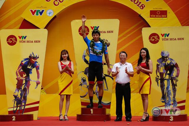 ẢNH: Những khoảnh khắc ấn tượng chặng 12 Giải xe đạp quốc tế VTV Cup Tôn Hoa Sen 2018 - Ảnh 19.