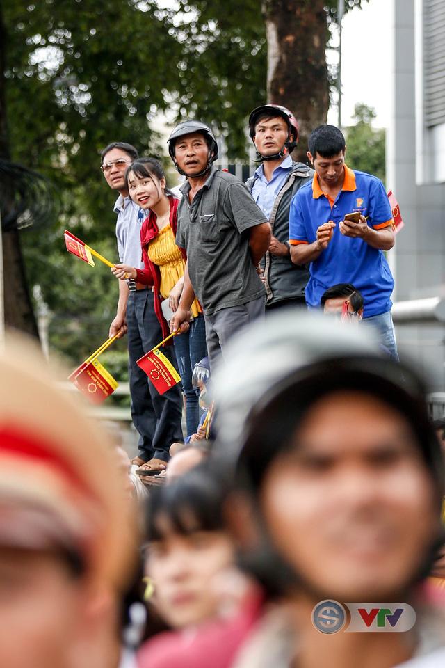 ẢNH: Những khoảnh khắc ấn tượng chặng 12 Giải xe đạp quốc tế VTV Cup Tôn Hoa Sen 2018 - Ảnh 6.