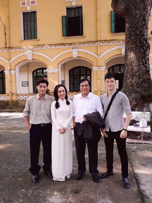 BTV Hoài Anh lần đầu tiết lộ về vai diễn với NSƯT Mạnh Cường - Ảnh 7.