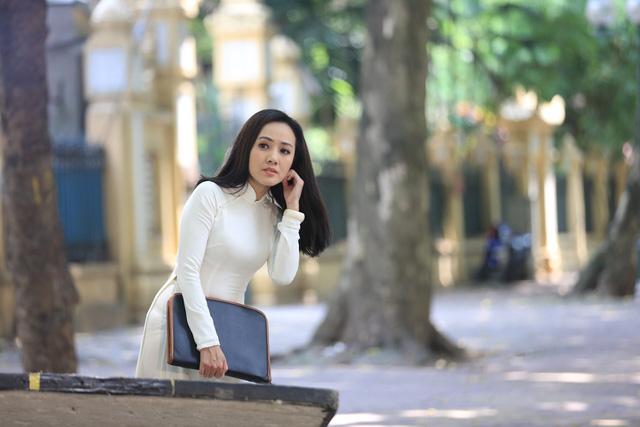 BTV Hoài Anh lần đầu tiết lộ về vai diễn với NSƯT Mạnh Cường - Ảnh 3.
