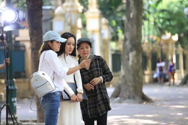 BTV Hoài Anh lần đầu tiết lộ về vai diễn với NSƯT Mạnh Cường - Ảnh 9.
