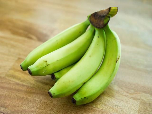 10 lợi ích sức khỏe tuyệt vời của chuối xanh - Ảnh 1.