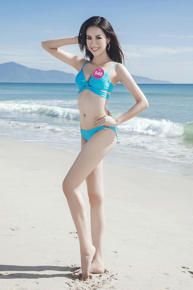 43 thí sinh Hoa hậu Việt Nam khoe bộ ảnh bikini trước đêm Chung kết - Ảnh 42.