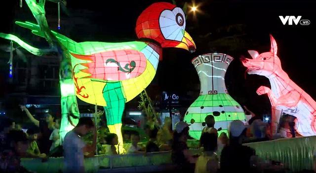 Rộn ràng không khí Trung thu với Lễ hội Thành Tuyên 2018 - Ảnh 2.