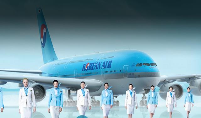 Cận cảnh khoang hạng nhất xa xỉ của các hãng hàng không - Ảnh 7.